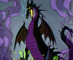 [Jour IV] Tout le monde veut devenir un cat ! - Page 3 Malefique-dragon